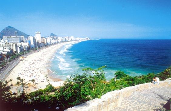Praia do Leblon e de Ipanema - 01005.jpg